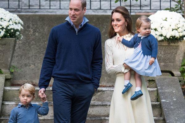 كيت ميدلتون مع الأمير وليام وطفليهما