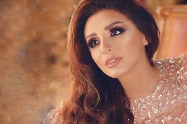أنغام تطرح أغنيتها لشهر رمضان