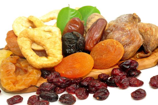 أنواع من الفاكهة المجففة
