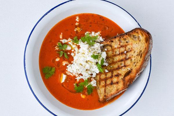 حساء الفلفل الأحمر