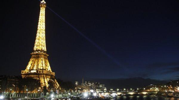 أسبوع الموضة لانصاف الفقراء في باريس