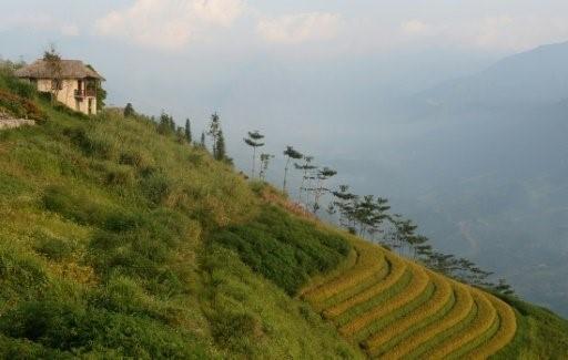 قمة فانسيبان النقطة الاعلى من سلسلة جبلية تعرف بـ