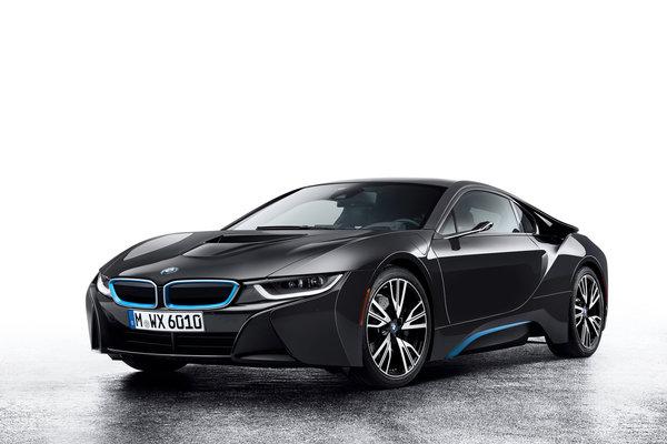 تصميم السيارات سيصبح أكثر أناقة بغياب مرأتين منتصبتين على البابين الأماميين