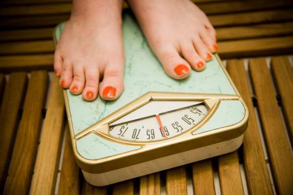 تخفيض الوزن يقلل خطر الإصابة بسرطان الثدي
