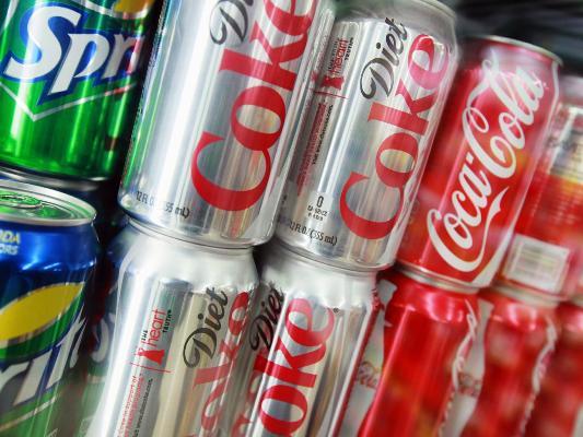 المشروبات المحلاة اصطناعيا قد تسبب الزهايمر والسكتة الدماغية