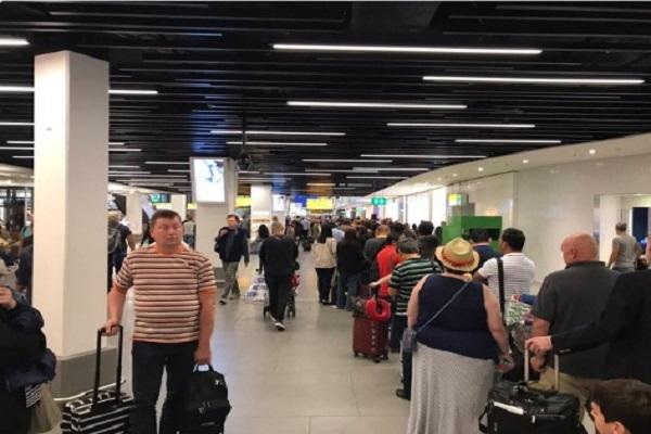 شركات طيران: على المسافرين عبر أوروبا الحضور قبل 3 ساعات