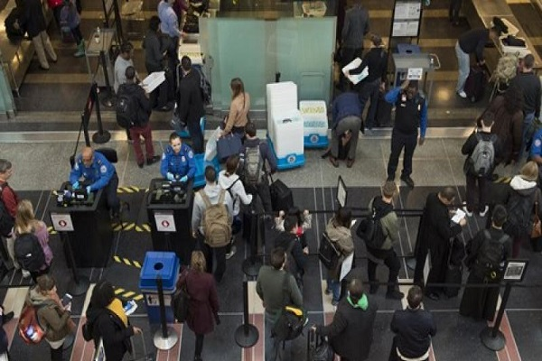 حركة المسافرين في مطار اتلانتا
