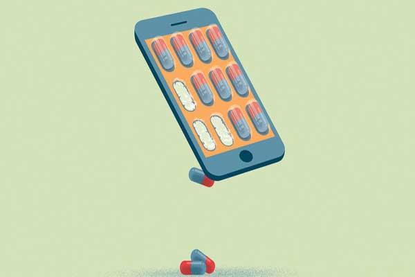 تعمل الأدوية الرقمية بجمع المعلومات عن طريق سؤال المريض أو باستخدام حسّاسات