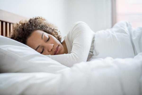 لكل امرئ نظام نوم معين يختلف بحسب العمر