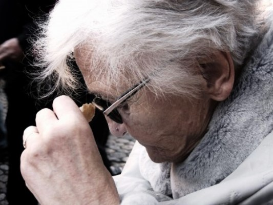 دراسة جديدة تطعن بالنظرية السائدة عن اسباب مرض الزهايمر