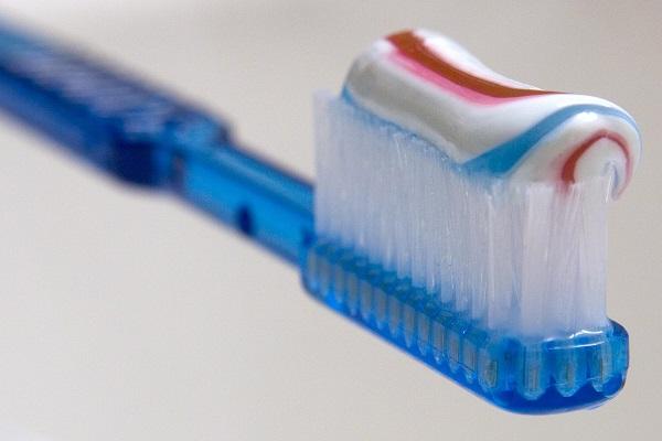 مادة التريكلوسان في معجون الأسنان تسبب السرطان