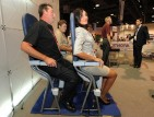 المقاعد العمودية في الطائرات تقترب خطوة من الواقع