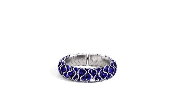 Blue Velvet تشكيلة مجوهرات جديدة من توقيع Vhernier