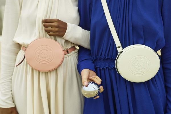 لونغشامب تحرر السيدات من حقيبة اليد !