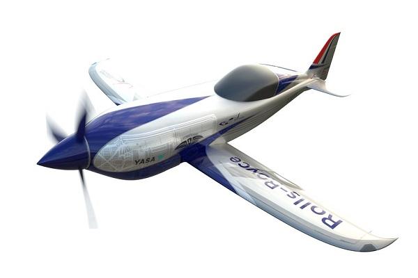 رولز-رويس ترفع الستار عن أسرع طائرة كهربائية في العالم