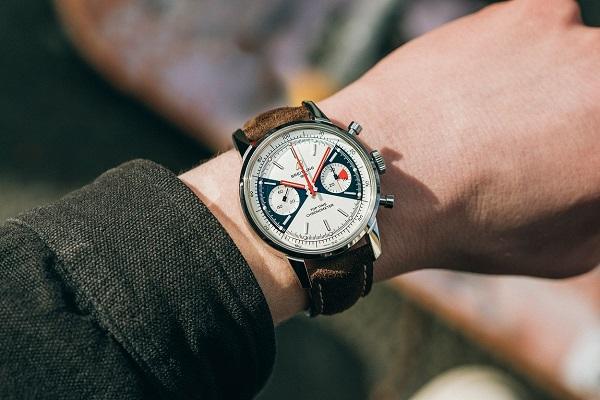 ساعة قديمة بحلة جديدة من من بريتلينغ