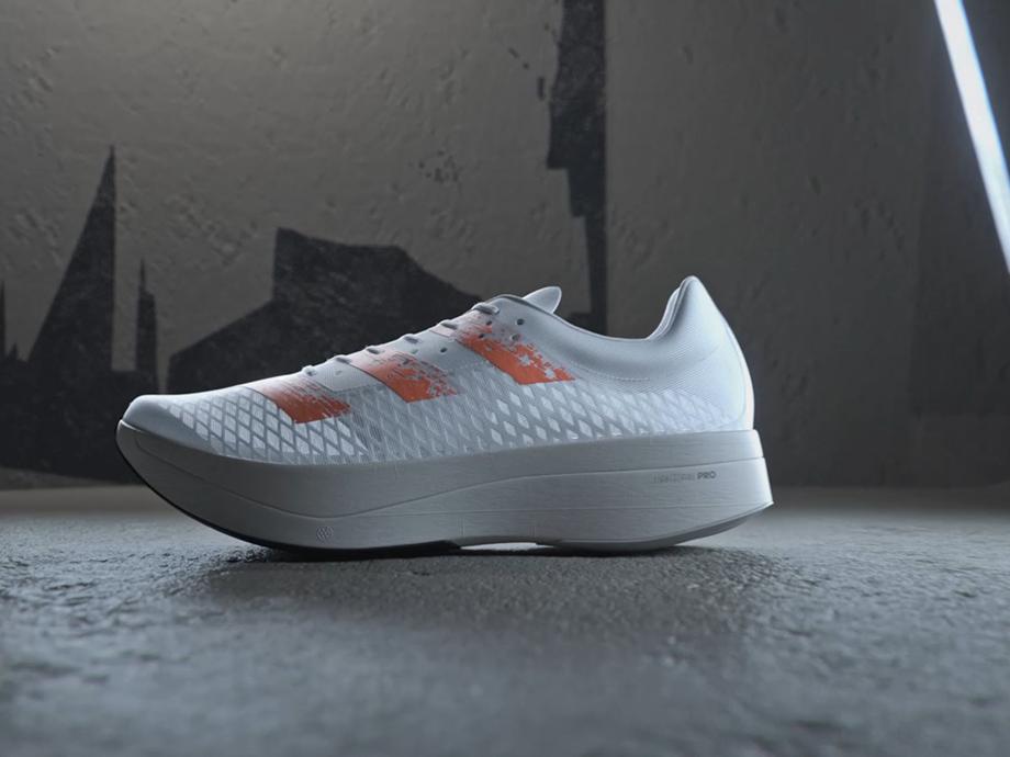 حذاء Adizero Adios Pro من Adidas ثورة جديدة في رياضة الجري