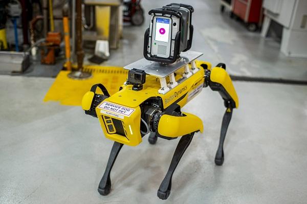 فورد تختبر استخدام روبوتات بأربعة أرجل