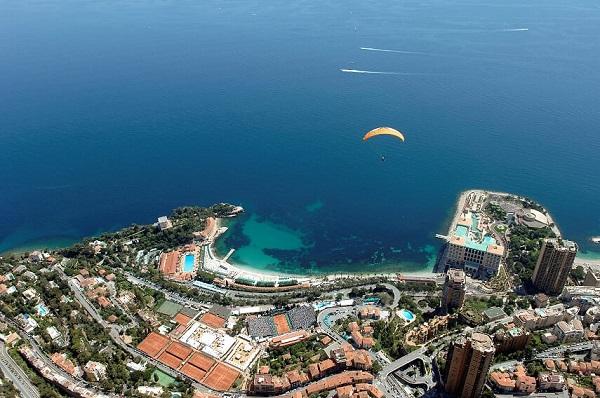 موناكو تحثالسياحعلى الانغماس سياحيا في إمارتها