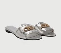 سالفاتوري فيراغامو تطلق أحذية حصرية صيفية