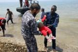 مقتل 15 مهاجرًا ونجاة 10 آخرين بعد غرق قاربهم قبالة سواحل ليبيا