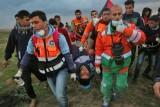 إصابة 17 فلسطينيًا برصاص الجيش الإسرائيلي قرب حدود غزة