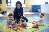 توفر حضانات أطفال في مقر العمل لعب دورًا حيويًا في زيادة إنتاجية السعوديات