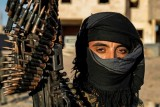 جيب تنظيم داعش يحترق ومقاتلوه متشبثون بالقتال حتى النهاية