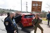 قوات أمنية اسرائيلية في مكان الهجوم