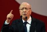 الرئيس التونسي يستبعد نفسه وابنه من الترشح إلى الرئاسة