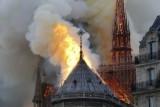 حريق كبير في كاتدرائية نوتردام