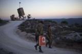 إسرائيل تسمح لمواطنة عربية بزيارة قبر والدها بعد سبعين عاما