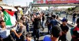 فلسطينيون يتظاهرون ضد حملة لمواجهة العمالة الأجنبية في لبنان