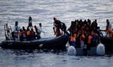 السلطات التونسية تسمح بدخول مهاجرين عالقين على الحدود الليبية
