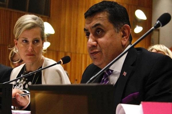 كونتيسة ويسيكس ولورد أحمد - صورة من موقع لورد أحمد