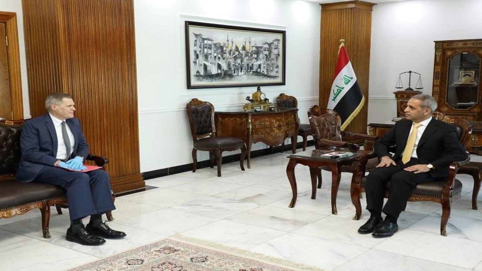رئيس مجلس القضاء العراقي يبحث مع السفير الاميركي استهداف المليشيات للبعثات الدبلوماسية