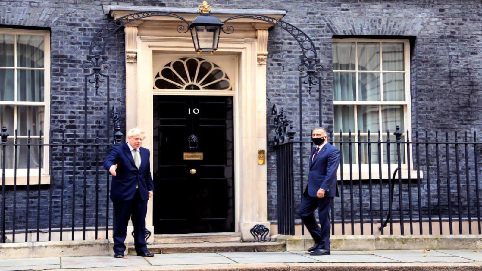 جونسون مرحبا بالكاظمي في مقر رئاسة الحكومة بلندن