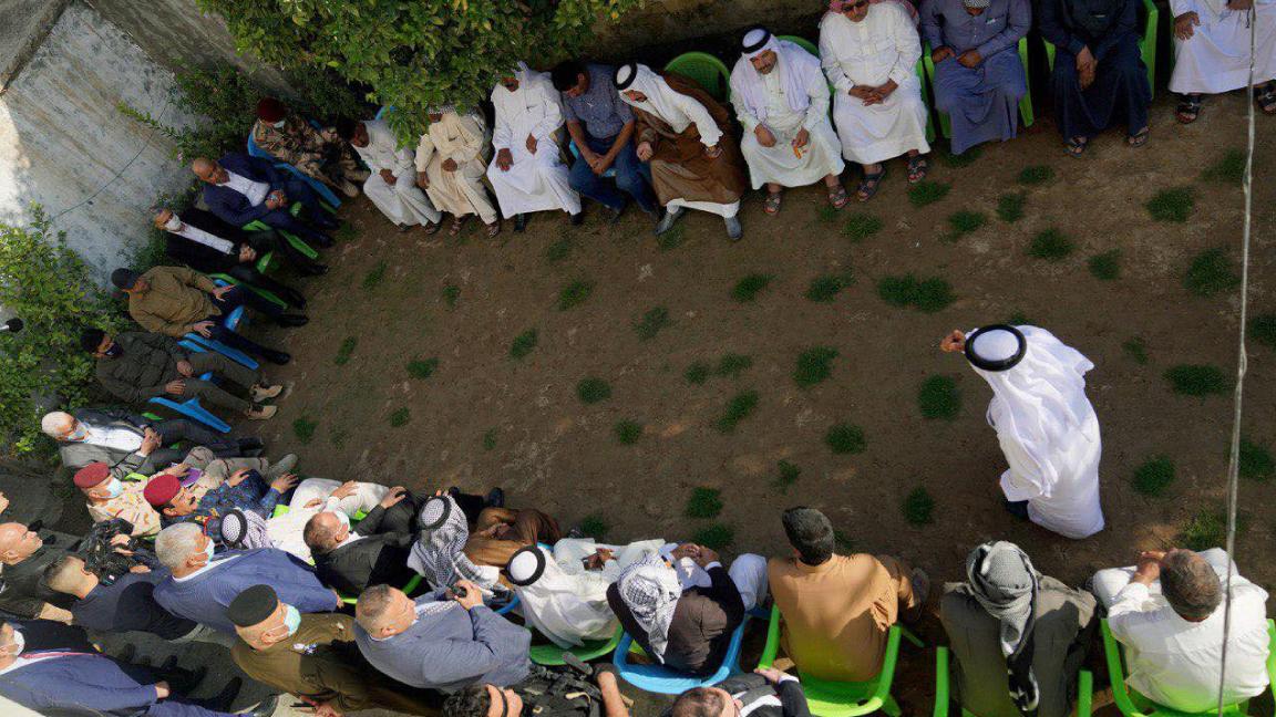 الكاظمي في مجلس عزاء ضحايا مجزرة بلد