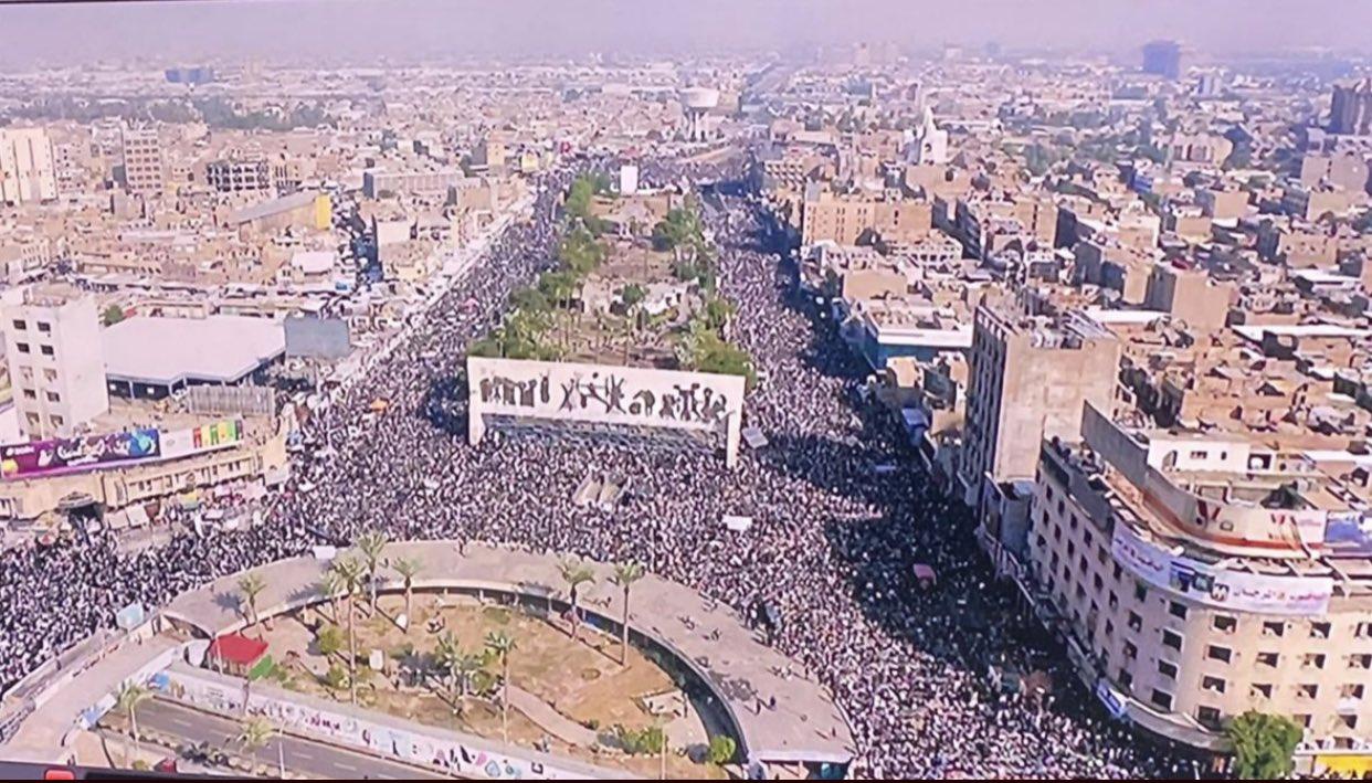 انصار الصدر يتظاهرون اليوم دعما لزعيمهم واستعدادا للانتخابات المبكرة