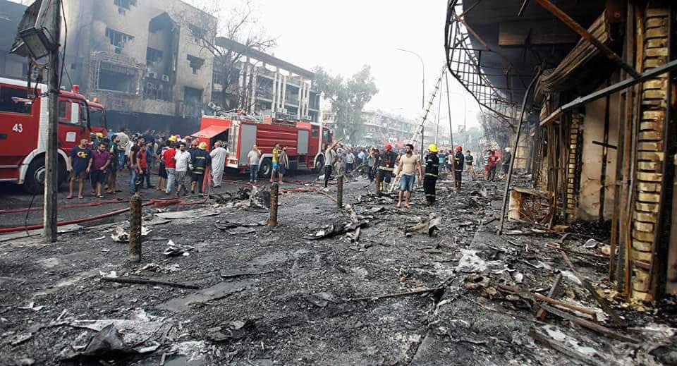 دمار التفجير المزدوج وسط بغداد الخميس
