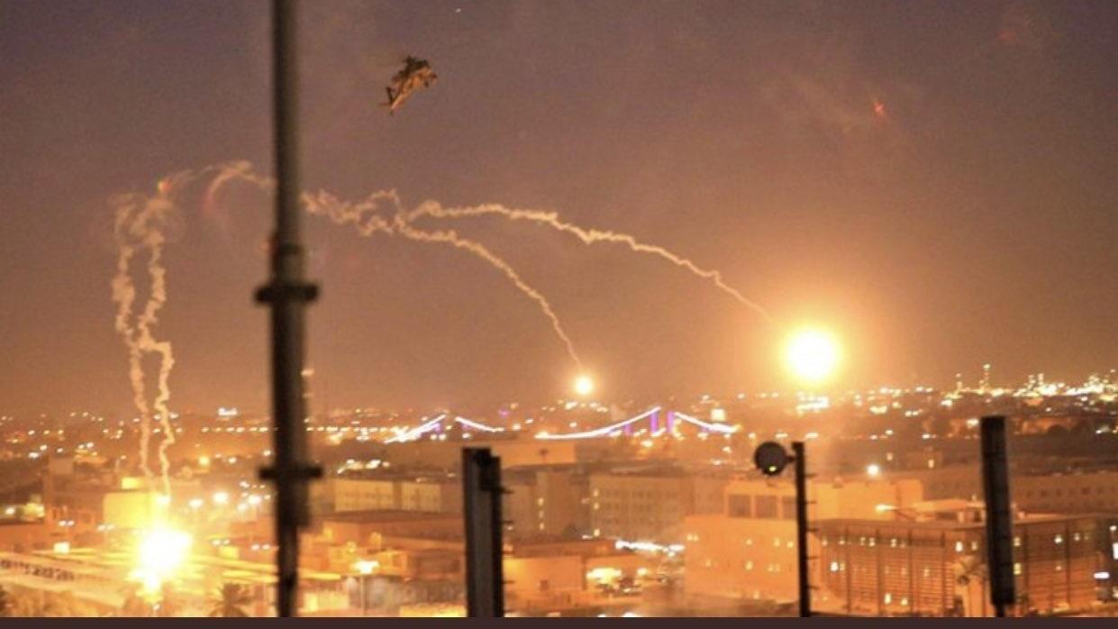 القصف الصاروخي على المنطقة الخضراء وسط بغداد مساء الاثنين