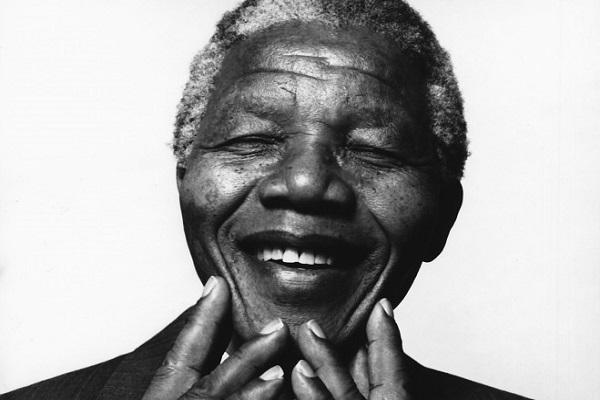 الراحل نلسون مانديلا