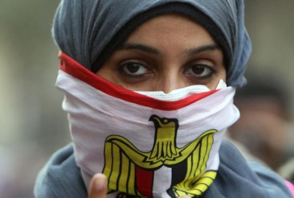 المرأة المصرية تدفع فاتورة باهظة رغم مشاركتها في الثورة