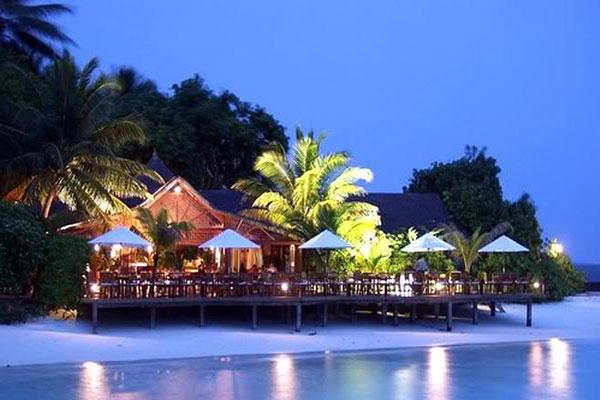 المالديف... جزر المياه بلا شرب