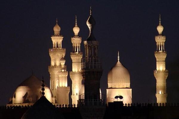 مساجد في القاهرة - الصورة من ويكيبيديا