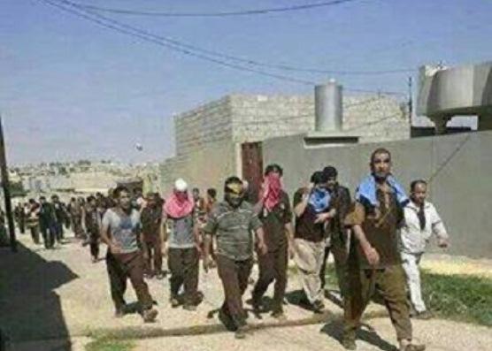 داعش تطلق المئات من نزلاء سجن بادوش بالموصل
