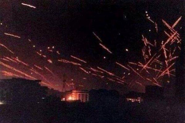 نيران الاشتباكات تنير سماء مدينة الموصل