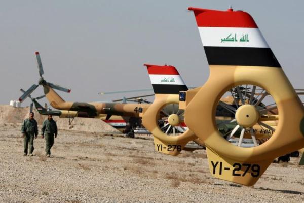 عنصران من القوة الجوية العراقية