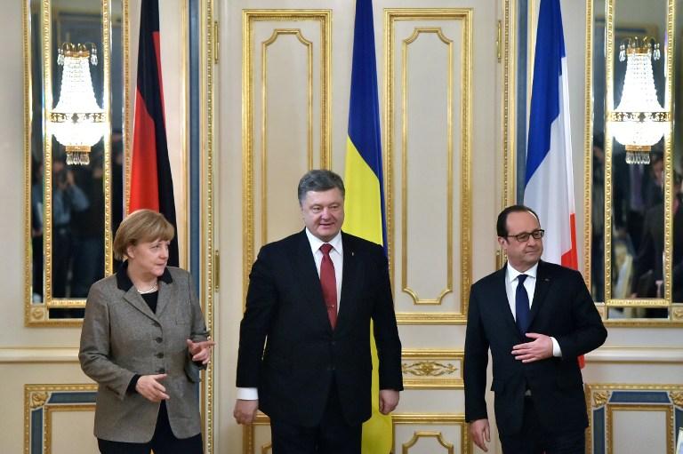 اتفاق بين بوتين وميركل وهولاند حول