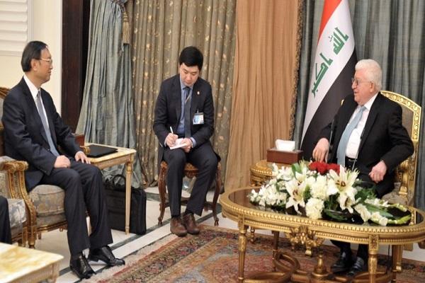معصوم ومستشار الدولة الصيني خلال مباحثاتهما في بغداد